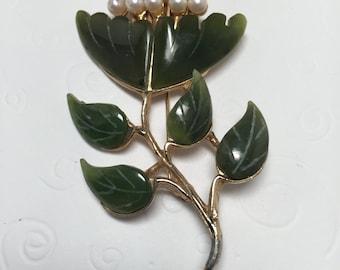 Vintage SWOBODA Jade and Pearl Flower Brooch   Item 17194