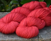 Simply Merino Fingering Weight - Summer Coral - Suzy Parker Yarns - Superwash Merino 100g 400 meters/437 yards