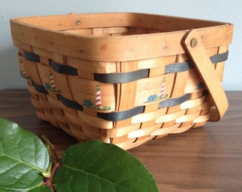 Maine Lighthouse Basket with Striped Lighthouse Decal