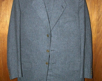 Dated 1957 German Grey Wool Flannel 2-Piece Suit .: 38 REG // EXCELLENT CONDITION