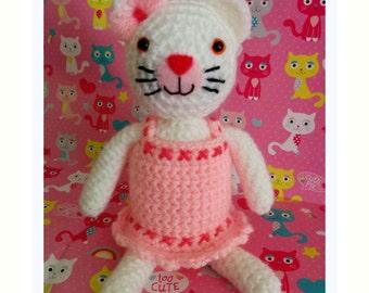 Crochet Kitten Soft Stuffed Amigurumi Toy approx 6in / 15cm tall
