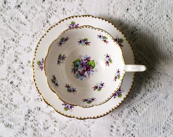 Royal Stafford Sweet Violets Bone China Tea Cup & Saucer - Made in England