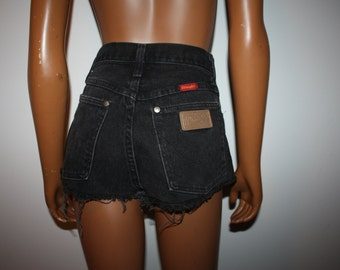 "24"" Waist - Wranglers Cut-Off High-Waisted Faded Black Denim Studded Jean Short Shorts"