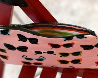 "Zipper pouch 100% cotton with fun sunglasses pattern 8"" x 5"""