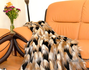 gold black fancy feather exotic lodge cabin throw comforter blankets acrylics faux fur animal print home decor cabin lodge