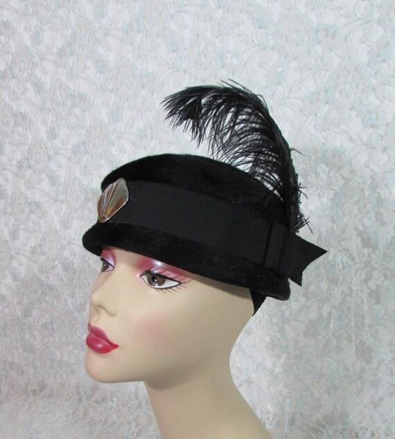Vintage Black Velvet Pillbox Hat Jan Leslie by BeanzVintiques