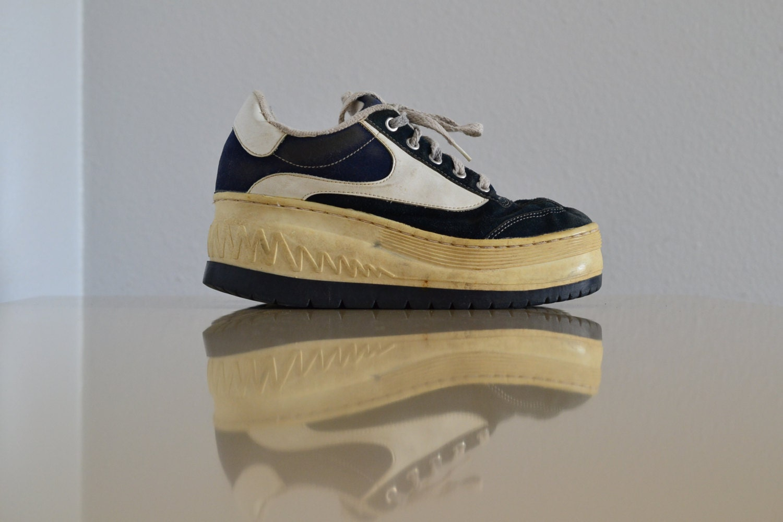 Soho Women's Platform Sneakers Suede Platform Tennis Shoes