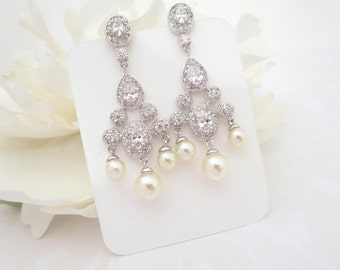 Pearl Bridal earrings, Pearl chandelier earrings, Wedding jewelry, Crystal Chandelier earrings, Vintage inspired earrings, Cubic zirconia