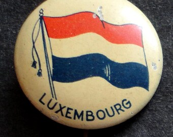 C. 1920 Pinback Button, Flag of Luxembourg