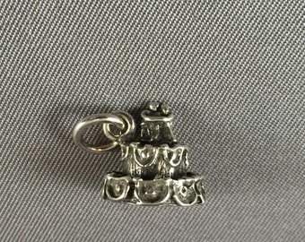 Wedding Cake with Bride and Groom Topper .925 Sterling Silver Charm