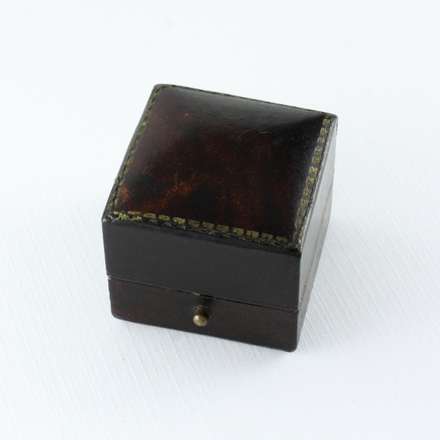 beautiful antique brown leather ring box