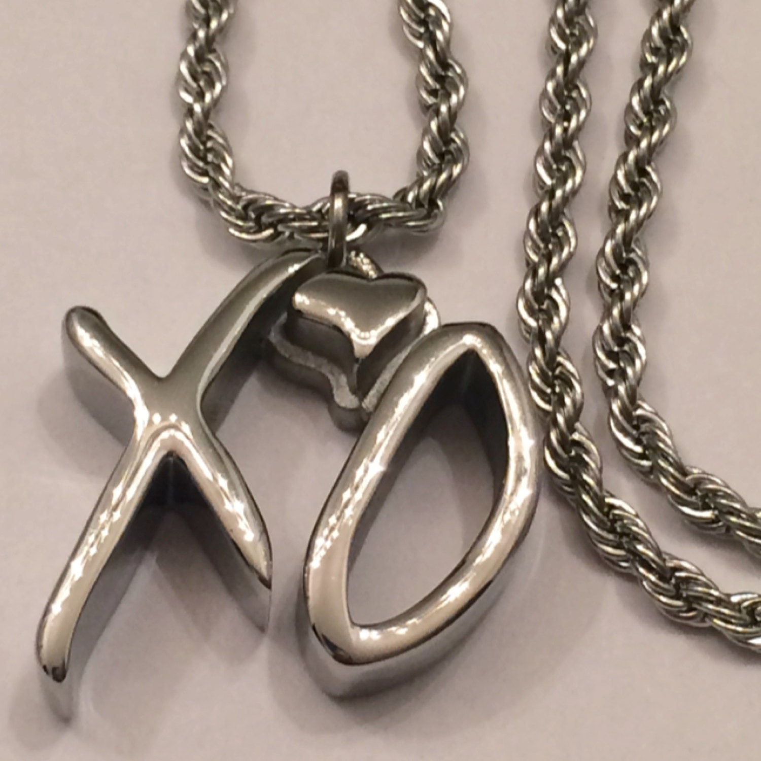 the weeknd xo necklace s 1 small by xogangchain