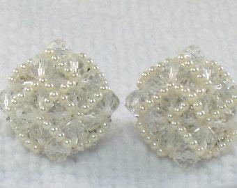 Vintage 1950's Vendome Glass Bead Faux Pearls Earrings 50's Vendome Clip Earrings Wedding Earrings Madmen Earrings Mid Century Earrings