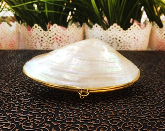 Seashell Jewelry Box with Ribbons, Seashell Ring Box, Beach Wedding, Beach Wedding Ring Bearer, Bridesmaid Jewelry Box, Stocking Stuffer