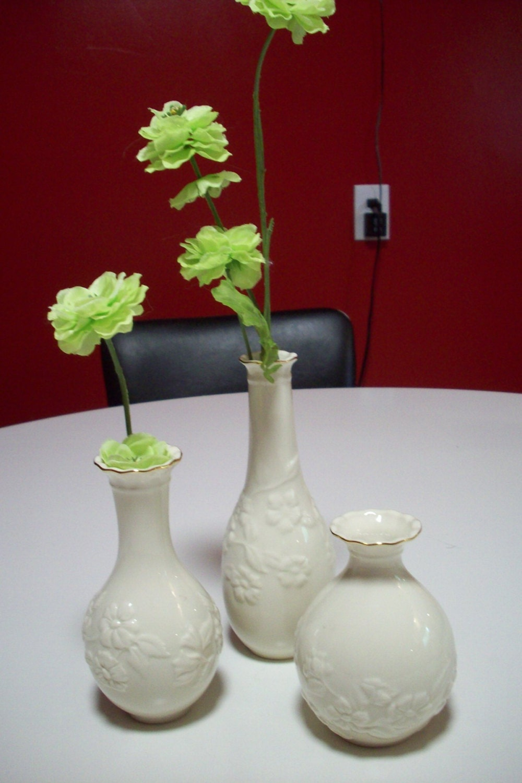 2 beautiful ivory vase home idea lenox floral bud vase ivory and gold porcelain vase set of reviewsmspy