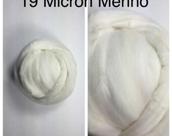 19 Micron Merino Top Undyed / Superfine Merino Roving Felting / Ecru Spinning Fiber / 2oz 4oz 8oz