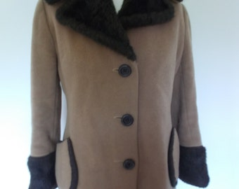 Vintage womens camel coat 60s 70s Daphne Raven of London Wool mix camel coloured coat size medium