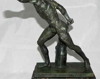 """Impressive 1916 New York Athletic Club Trap Shooting Bronze Figural """"The Borghese Gladiator"""" Trophy"""