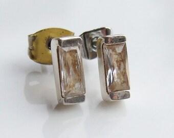 Vintage 925 Sterling Silver Crystal Stud Earrings