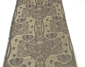 Table Runner in Celtic Knot Matelassé - Gunmetal