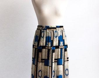 Vintage Skirt // Pleated //