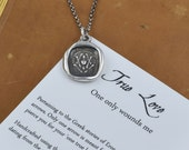 One True Love Heart and Arrows Wax Seal Necklace - One Only Wounds Me - 313