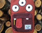 HOWARRRRD Deluxe Monsterpak monster backpack (Herschel)