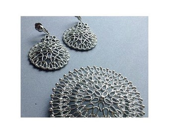 50's Sarah Coventry Jewelry Set, clip earrings and large brooch pin, silver tone filigree, mid century, original, egst, Greece