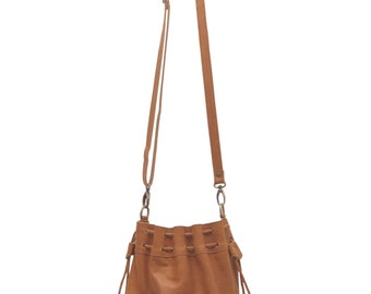 TRIBAL CHILD. Drawstring bag / leather crossbody bag / leather shoulder bag / tan leather purse. Available in different leather color.