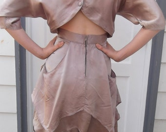 CHAMPAGNE COLORED DRESS 1980s Keyhole Back Size Small
