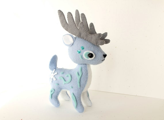 https://www.etsy.com/uk/listing/245239603/pdf-pattern-felt-reindeer-plush?ref=shop_home_active_1