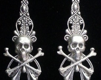 Skull and Crossbone Earrings , Biker Earrings , Biker Jewelry , Diva Dawn Santucci , Metal di Muse