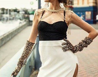 Jessica Rabbit Cream & Black Lace Bustier Bodice with Thigh-Slit Dress