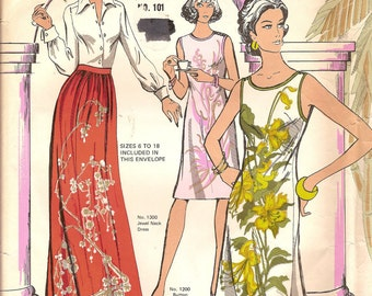 Alfred Shaheen Hawaiian Panel Print Dress Skirt Size 6 to 18 Uncut Pattern with Label 1976