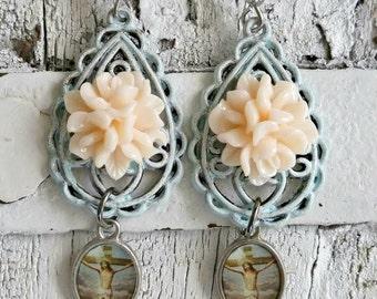 Jesus Charm Religious Earrings, JeSus EarRings, ReLigIoUs JeWelry, Christian Jewelry, Assemblage EARrings