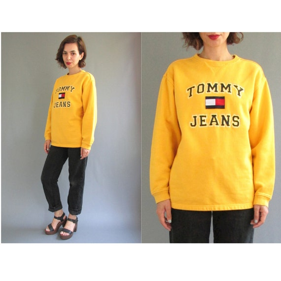 vintage jaune tommy hilfiger sweatshirt jaune jaune grand. Black Bedroom Furniture Sets. Home Design Ideas