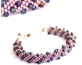 Lavender beaded crochet bracelet |
