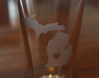 Michigan Etched Glass Cup; Michigan; Pub Glass; Heart; Hometown