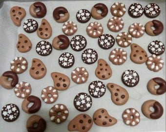 Stock lot 50 pieces pendants in polymer clay with or without hooks