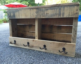 refurbished pallets coat racks/book racks/serving trays and more