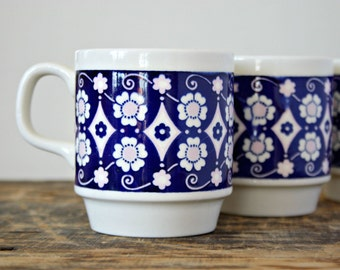 Blue and Pale Pink Floral Stacking Mugs, Retro Mod Coffee Cups 1960's ,Three Biltons Made in England  Coffee Mugs