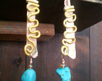 Earrings turquoise and gold decorations ethnic style with golden