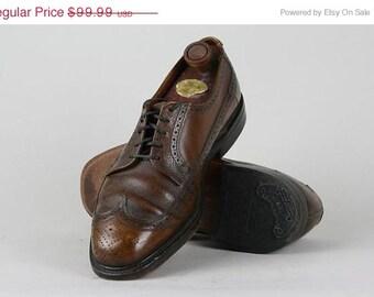 ON SALE Vintage Brown Leather Perforated Wingtip Oxford Shoes 9 EEE