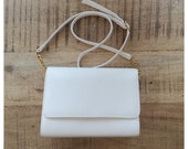 On Hold * Vintage White Faux Leather Purse