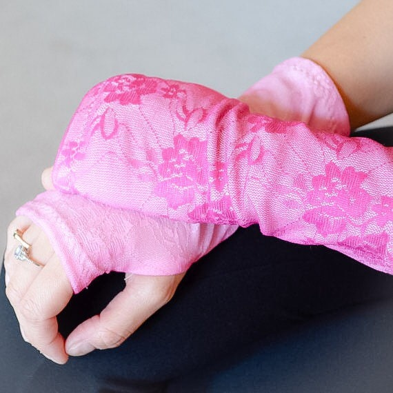 Lace fingerless gloves glamour gloves tattoo by kaybellachic for Lace glove tattoo
