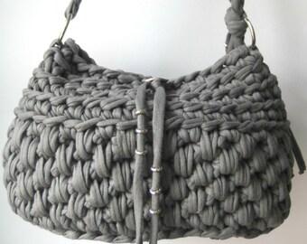 Grey handbag/shoulder bag crochet from t-shirt yarn.