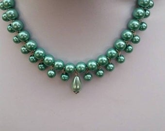 Green Pearl Bib Necklace Choker, Pearl Jewelry, Green Jewelry, Pearl Necklace Choker, Green Necklace Choker, Mother of the Bride, Statement