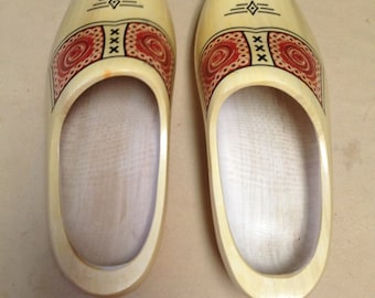 Schuitemake Wooden Shoes from Holland Yellow with Decals 30 cm 46-47 EU Size