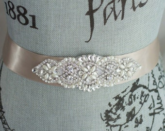 Wedding Sash Belt, Pearl Crystal Sash, Rhinestone belt/sash, Bridal Belt, Satin Ribbon Wedding Sash, Bridesmaid Sash/Belt