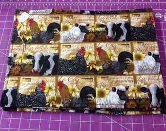 Farm Animals / Red Placemats